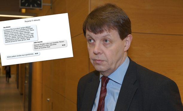 Iltalehti julkaisi tutkinnanjohtaja, kihlakunnansyyttäjä Jukka Haaviston ja päätodistaja, prostituoitu Saaran viestittelyä.