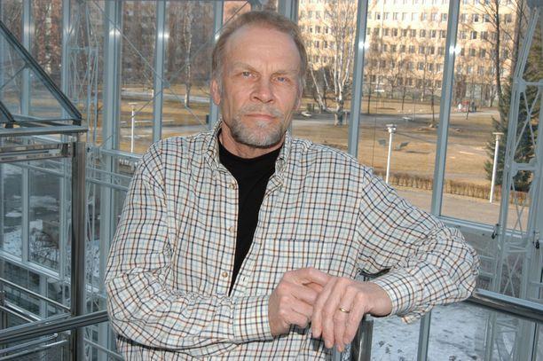 Jorma Hynninen antoi karun arvion Karita Mattilan urasta 90-luvulla.