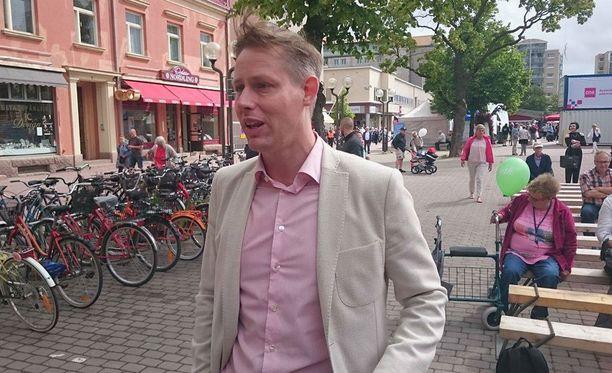 Tohtori Magnus Christiansson ei usko, että Vladimir Putinia kutsutaan Ruotsiin.