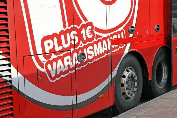 Onnibusin linja-auto oli matkalla Turusta Kuopioon, kun jarrut kuumenivat. Kuvituskuva.