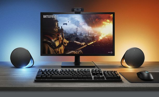 Kuvassa uudet G560-kaiuttimet ja G513-näppäimistö.