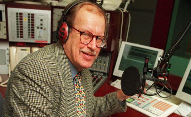 Erkki Pälli teki mittavan uran radiotoimittajana.