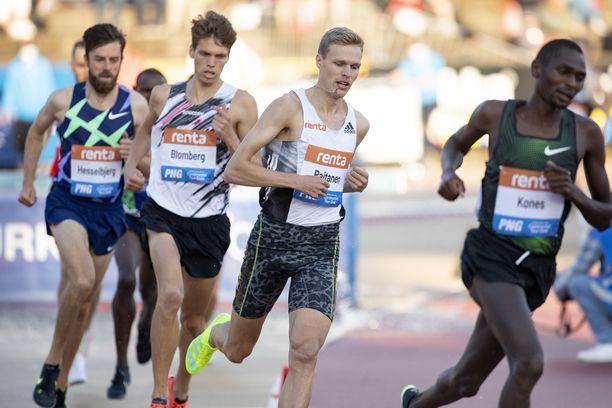 Topi Raitasen ennätys 3 000 metrin esteissä 8.16,57 on viime kaudelta. Tänä suvena on mennyt parhaimmillaan 8.19,57.