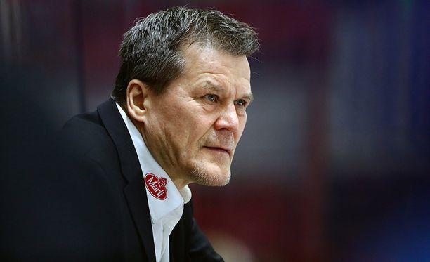 Kai Suikkanen siirtyy valmentamaan Itävallan liigaan.