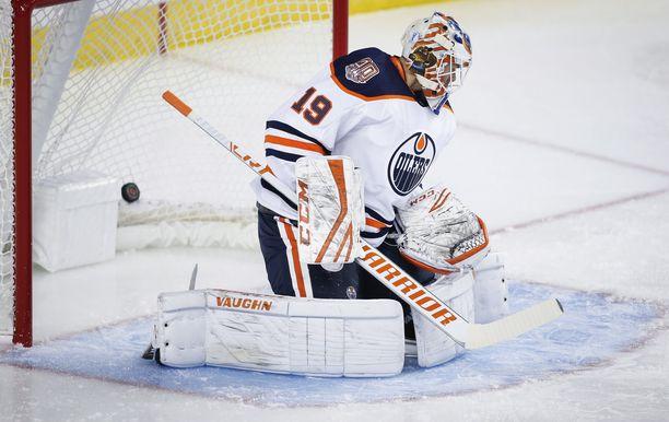 Mikko Koskisella lurahteli Calgary Flamesia vastaan. Edmonton kuitenkin voitti ottelun maalein 7-4.