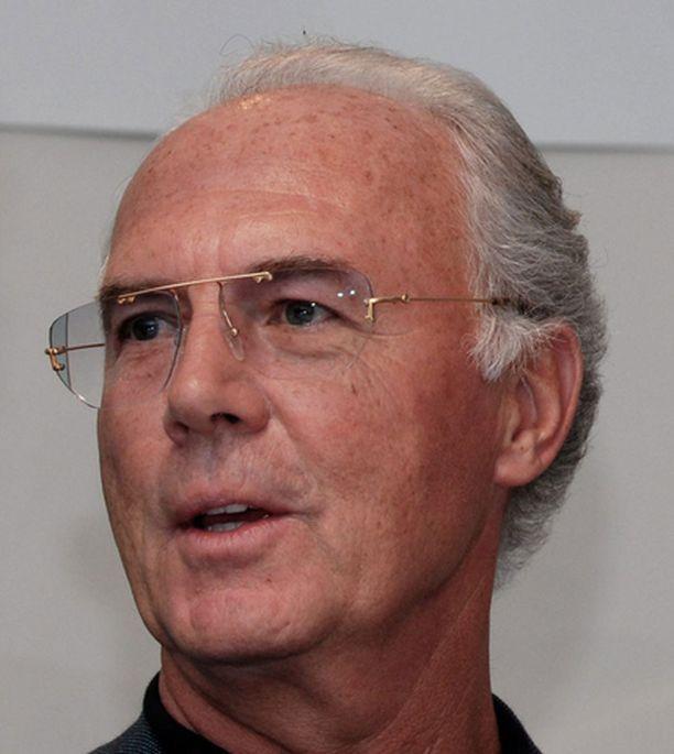 Franz Beckenbauer hehkuttaa Saksan kehittyneen huimasti.