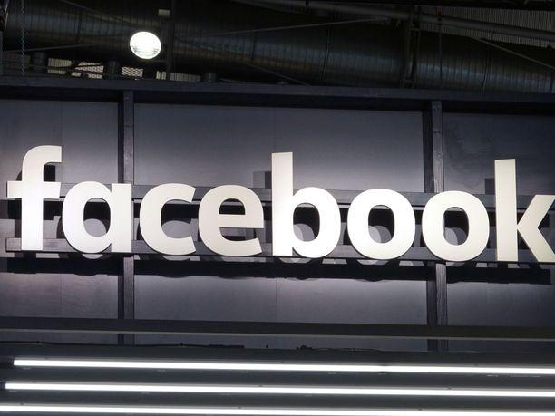 Facebookia on kritisoitu aiemminkin siitä, että se sallii mainosten kohdentamisen arveluttaville ryhmille.