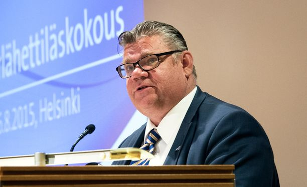 Timo Soini (ps).