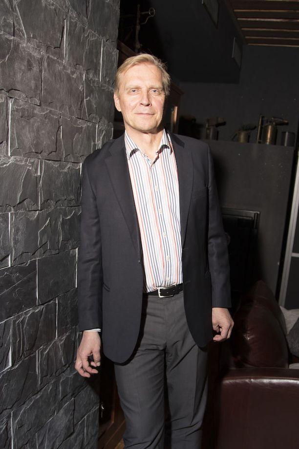 Arto Bryggare asuu puoliksi Suomessa ja Saksassa.