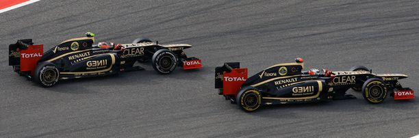 Kimi Räikkönen ei ole pärjännyt aika-ajoissa yhtä hyvin kuin Romain Grosjean.