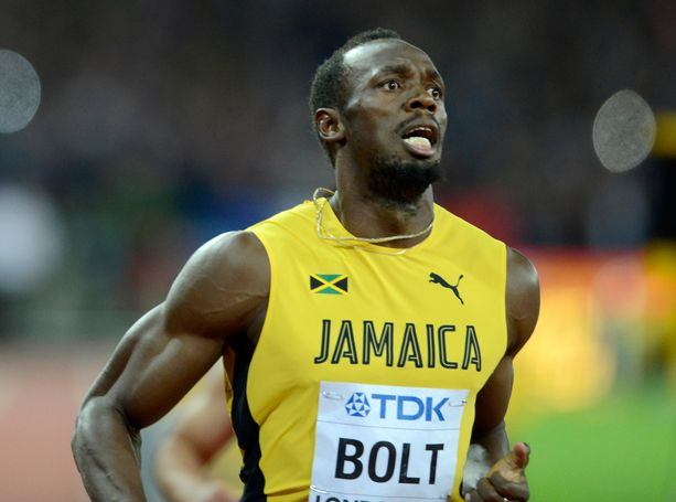 Satasen maailmanennätysmies (9,58 sekuntia) Usain Bolt lyttäsi maanmiehensä.