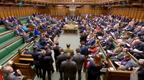 Tässä huoneessa on puitu viime kuukausina yhtä ja samaa aihetta, brexitiä.