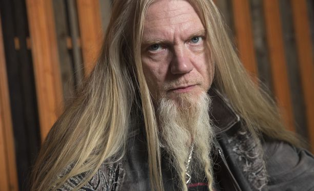 Laulaja-basisti Marco Hietala ehtii lomailla Raskasta joulua -kiertueen jälkeen. Keväällä hän lähtee Nightwishin kanssa pitkälle USA:n rundille.