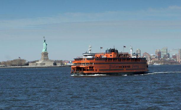 Staten Island Ferry on hyvä - ja ilmainen - vaihtoehto perinteiselle Liberty Islandin risteilylle.