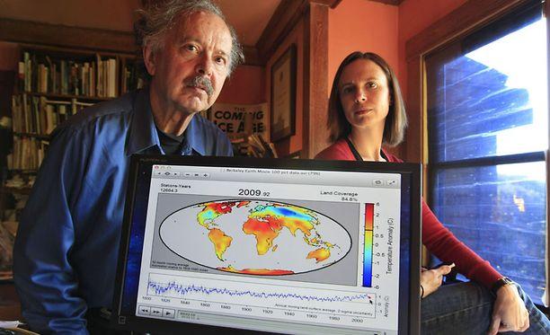 Richard Muller ja hänen Elizabeth-tyttärensä esittelivät tutkimusta perjantaina.