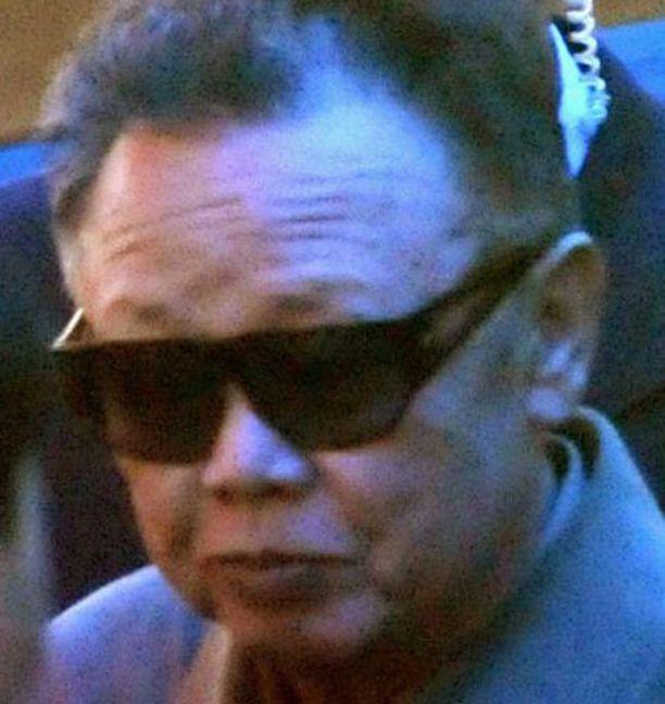 Kim Jong kuvattiin saapumassa Kiinaan.