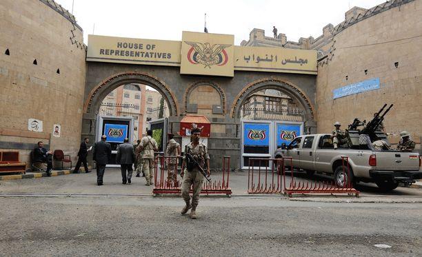 Sotilaita Sanaassa viime elokuussa otetussa kuvassa.