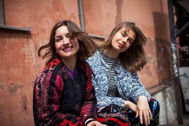 Mc FanFan ja Mc SonSon tekevät kesällä myös festaridebyyttinsä Oulun Qstockissa.