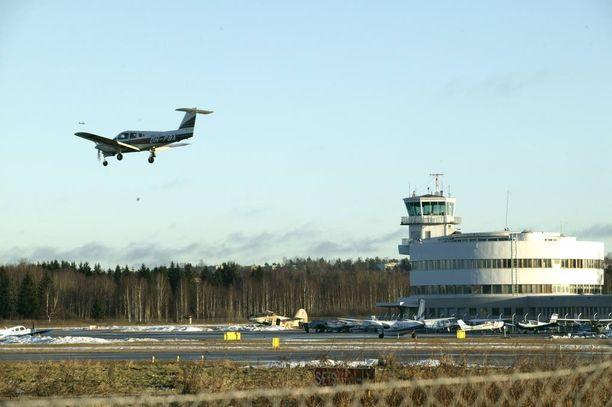 Museovirasto haluaa pitää Malmin lentokentän nykyiset toiminnat ennallaan eikä kannata Helsingin kaupungin päätöstä rakentaa alueelle asuntoja.
