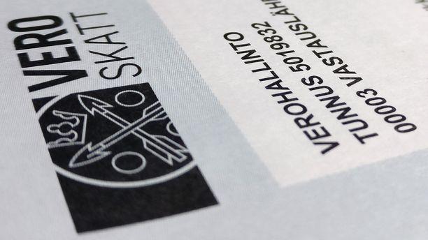 Verottaja laajentaa verkkopalvelujaan ja pyrkii vähentämään paperin käyttöä.