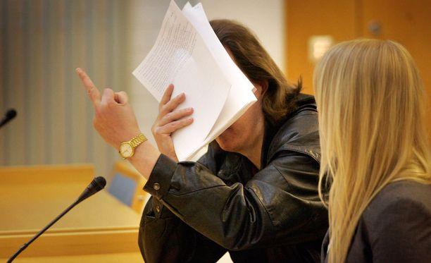 Sarjakuristajana tunnettu Michael Penttilä on määrätty vangittavaksi.