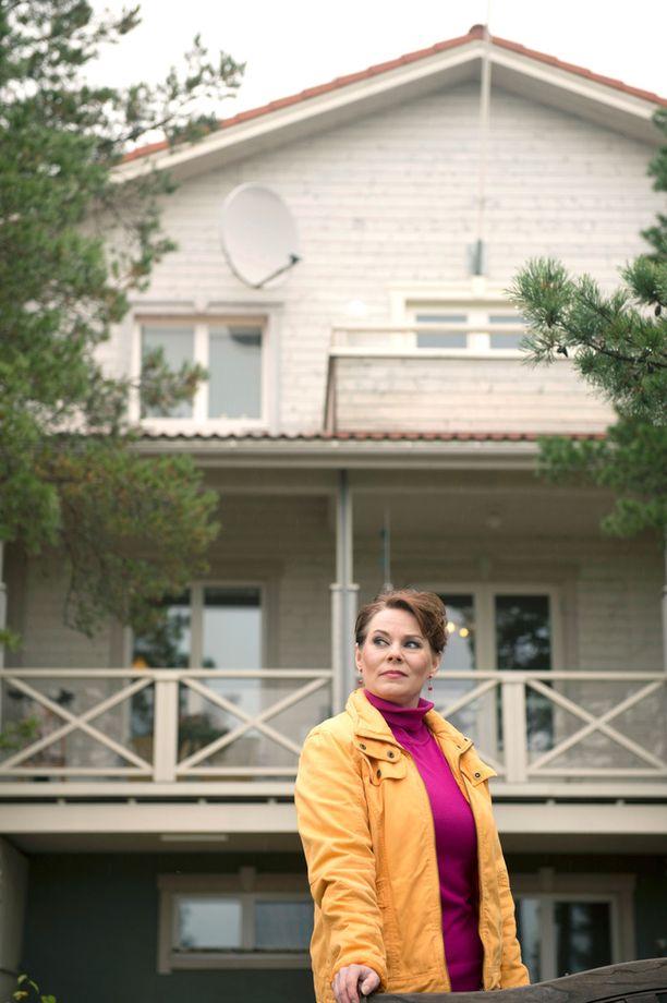 Nina Mikkonen asui aiemmin Myrskylässä isossa omakotitalossa. f4109fb7e8