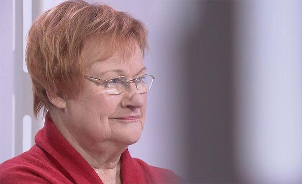 Presidentti Tarja Halonen totesi Ulkoministeriön 100-vuotisjuhlissa, että Suomen pitäisi hyödyntää nykyistä paremmin se, että Suomi on EU:ssa, ja kuuluu myös pohjoismaiseen arvoyhteisöön.