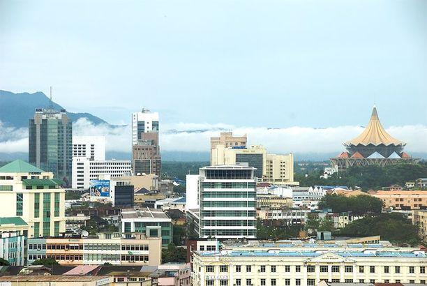 Kuching on Sarawakin kaupallinen keskus.