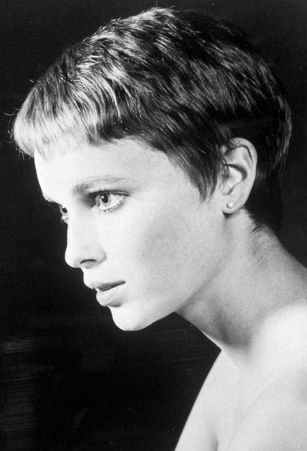 Mia Farrow elokuvassa Rosemaryn painajainen (1968)