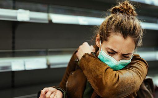 Salakavala keuhkosyöpä löytyy usein liian myöhään – hakeudu aina lääkäriin näistä oireista