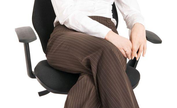 Tutkijat havaitsivat kuolleisuuden suuremmaksi henkilöillä, jotka istuivat vähintään kahdeksan tuntia päivässä.