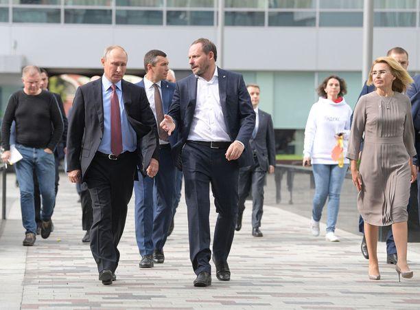 Venäjän presidentti Vladimir Putin ja Yandexin toimitusjohtaja Arkadi Volots Moskovassa viime syyskuussa.