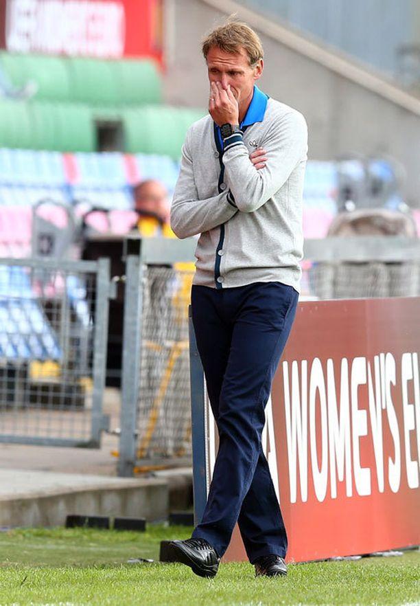 Suomen päävalmentaja Andreé Jeglertz päätti antaa pelaajilleen toipumisaikaa murskatappiosta.