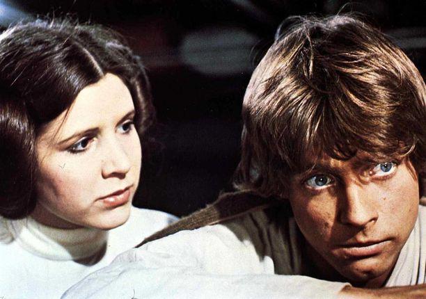 Prinsessa Leia ja Luke Skywalker.