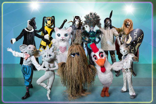 Masked Singer Suomi -hahmoista mukana ovat enää Ampiainen, Leijona, Heinäseiväs, Peacock ja Leijona.