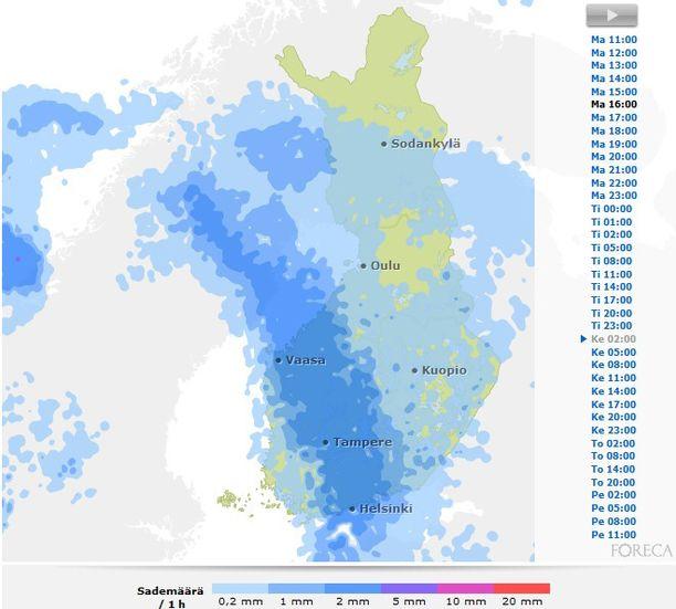 Sadealue pyyhkäisee keskiviikkoyönä Suomen yli.