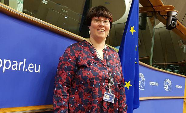 Europarlamentaarikko Kyllönen valittiin vasemmistoliiton presidenttiehdokkaaksi.