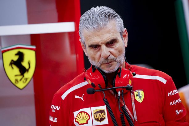 Maurizio Arrivabene pohtii, miten tietoja Ferrarista on vuotanut julkisuuteen