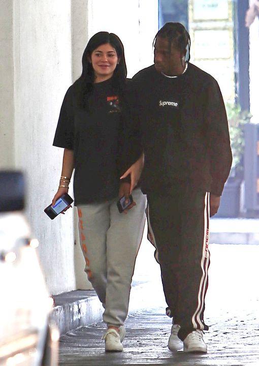 Kylie Jenner on keväästä asti seurustellut räppäri Travis Scottin kanssa.