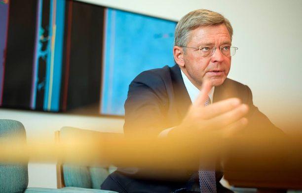 """Ruotsin finanssivalvonta antoi Nordealle viime vuonna 5,4 miljoonan euron rangaistusmaksun rahanpesun estämisen laiminlyönnistä. Tuolloin Konsernin toimitusjohtaja Christian Clausen (kuvassa) sanoi Nordean """"suhtautuvan päätökseen erittäin vakavasti""""."""