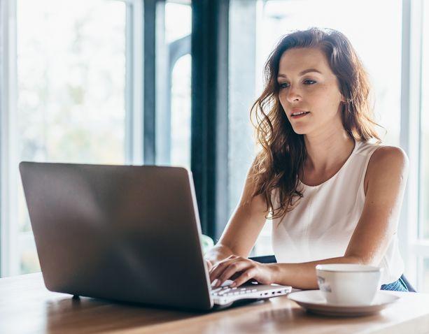 Moni haluaa jäädä etätöihin, vaikka työnantaja kutsuu työpaikalle.