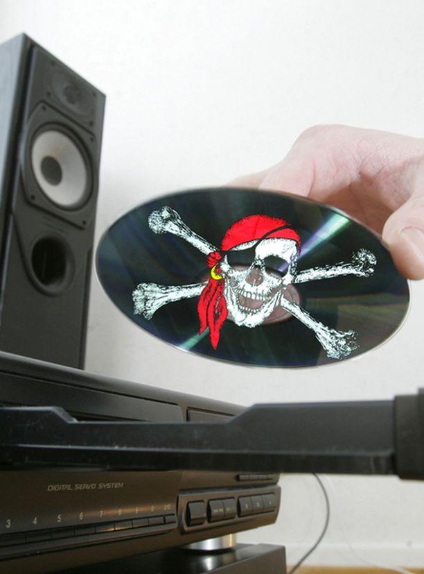 Britannian piratismin vastaisia lakeja saatetaan tiukentaa.