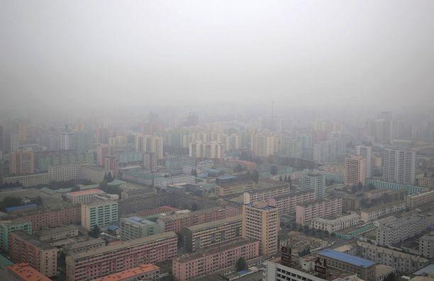 Pjongjang sumuisena aamuna.