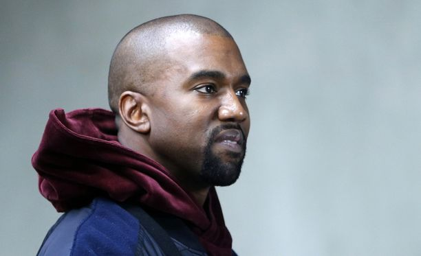 Kanye West on ottanut suojattinsa levynkannen taiteellisesta puolesta kopin.