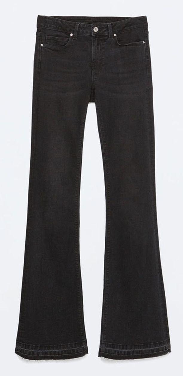 Zaran Low rise skinny bootcut -farkkujen lahje levenee trendikkäästi.