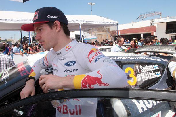 Teemu Suninen on noussut WRC-taivaalle raketin tavalla. Portugalin MM-rallin kolmossija oli tallipäällikkö Malcolm Wilsonin mukaan häikäisevä esitys.