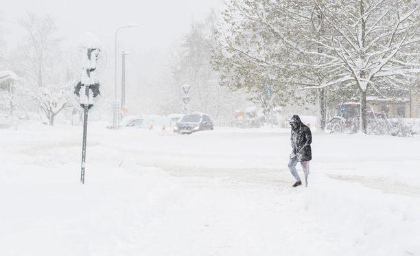 Tukholmassa saatiin tällä viikolla ennätyskerros lunta.