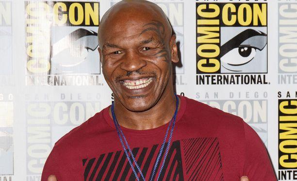 Mike Tyson liittyi Donald Trumpin tukijoukkoihin.