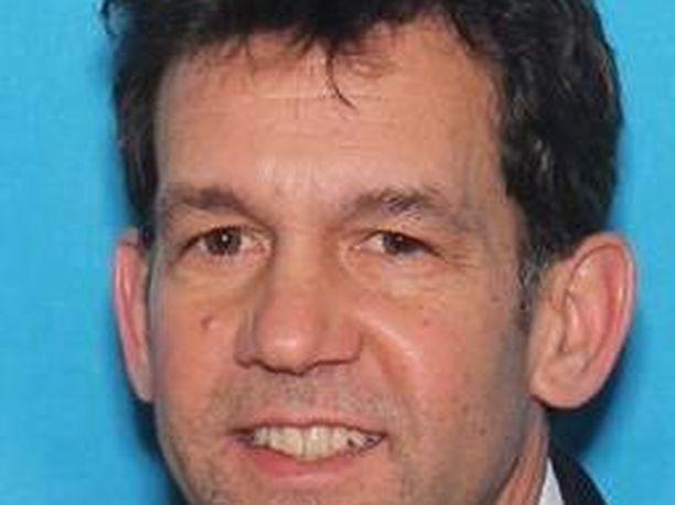 Bruce Rogal yritti surmata myös ex-vaimonsa.