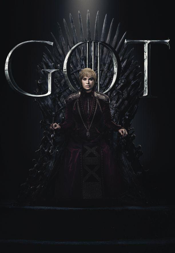 Cersei Lannister (Lena Headey) on menettänyt kaikki lapsensa. Synkempi Cersei ei tunne armoa. Saako hän pidettyä Rautavaltaistuimen itsellään? Se jää nähtäväksi.
